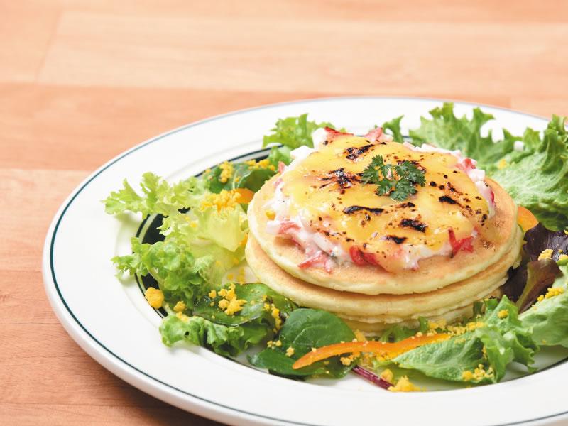 ベシャメルと桜えびタルタルのパンケーキ