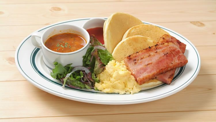 [Tokyo`s Menu] Bacon and Scrambled Egg Pancakes in 1 plate